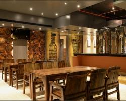 Housebre at Brew Pub